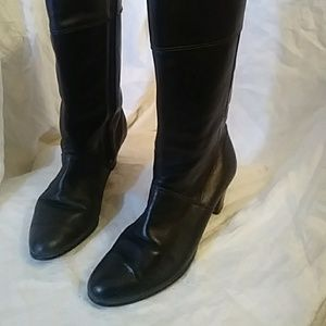Shoes - No Brand Name black leather boots-sz 5 1/2 M